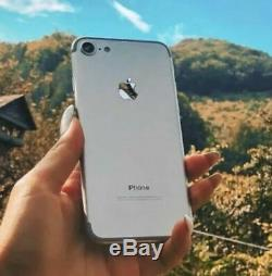 Apple iPhone 7 128GB Silver (Unlocked) Mint Condition