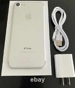 Apple iPhone 7 Silver 32GB Factory Unlocked