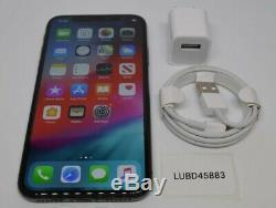Unlocked Apple iPhone X 64GB 256GB Space Gray Silver A1901 (GSM)